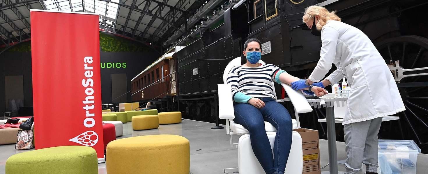 Vérplazmát adtak a koronavírusos betegeknek az Operaház művészei